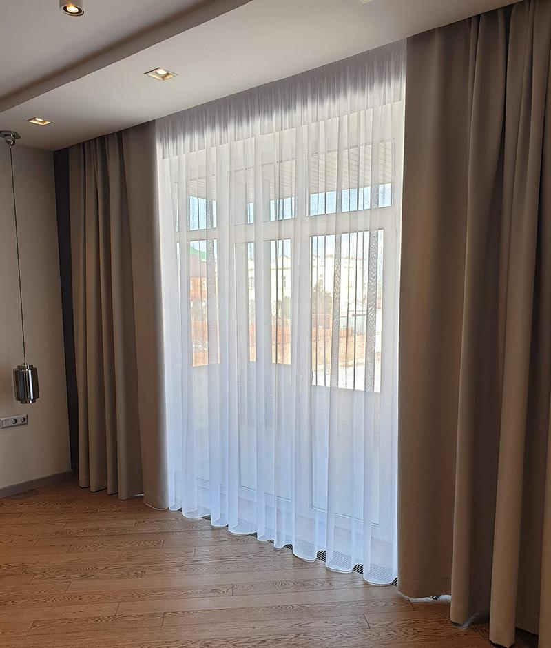 минимализм в интерьере - шторы