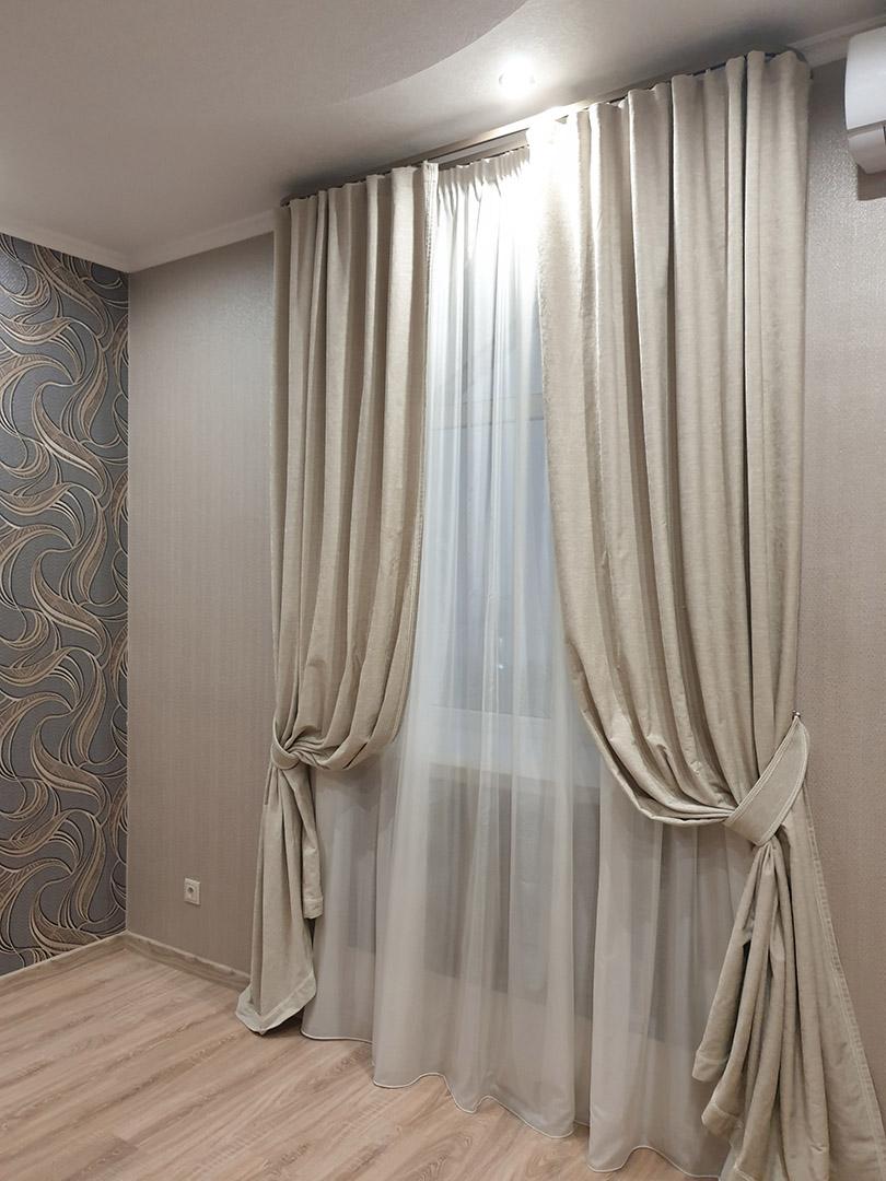 Выбираем шторы в соответствии с размером комнаты