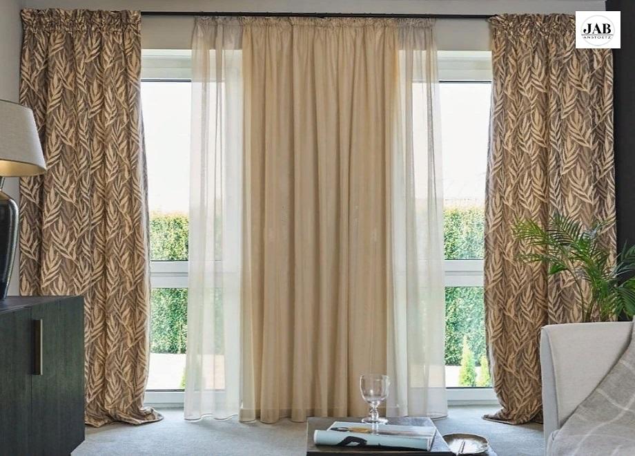 Тюль - очень красивый материал для гардин и штор