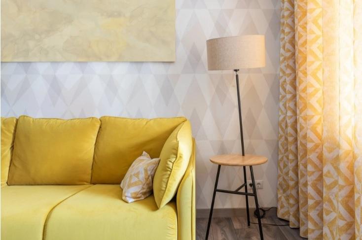 подобрать шторы под серый цвет стен
