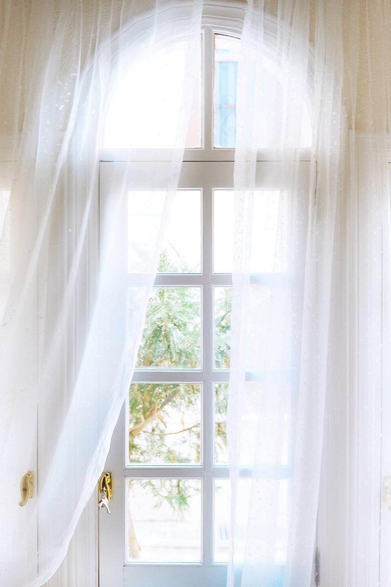 шторы на арочные окна в доме